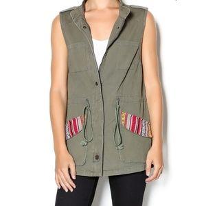 En Creme utility vest